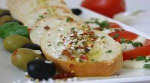 kruh i cesnjak