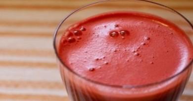 sok od paradajza i mrkve