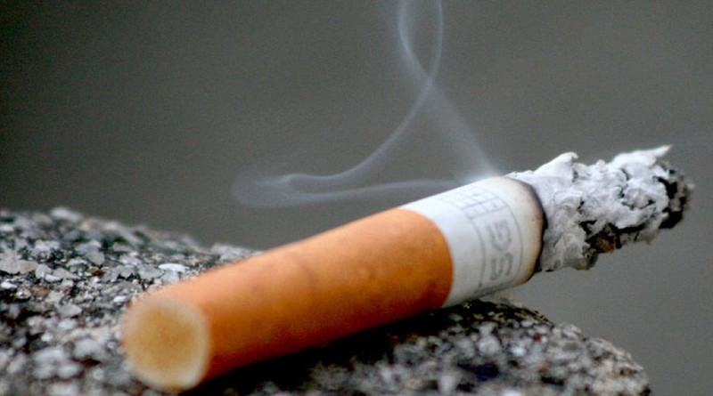 cigareta kakoleciti