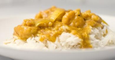 začin curry kakoleciti